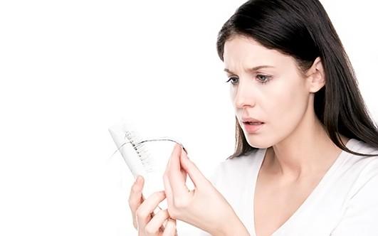 Лечить волосы от выпадения