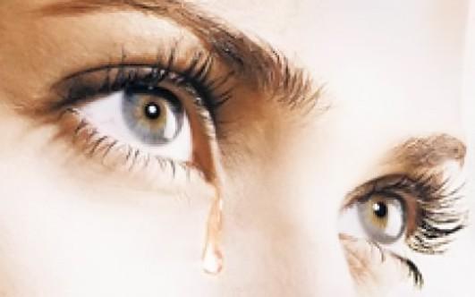 ресница попала в глаз