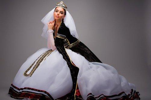 расклешенная юбка из велюра