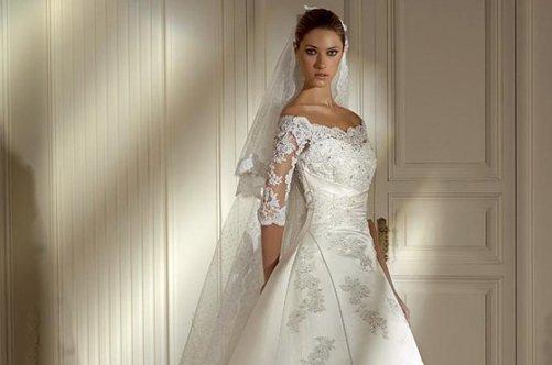 Прически свадебные для платья с закрытыми плечами фото