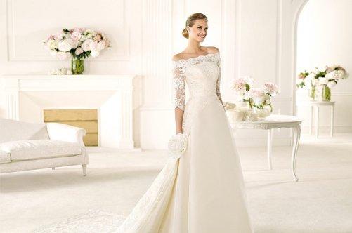 Что одеть с кружевным свадебным платьем