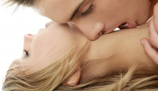 как правильна целавать женскую грудь фота