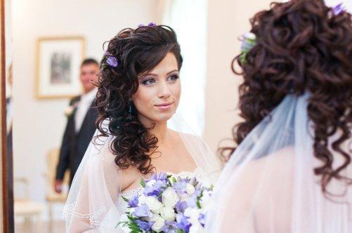 Невесты прическа на бок 15